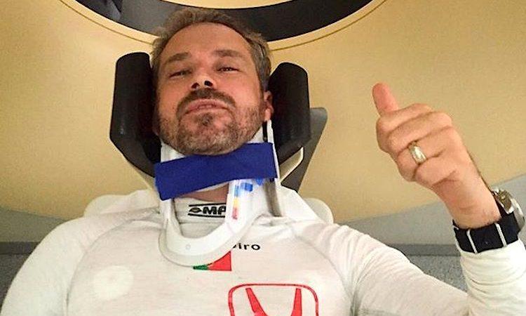 Tiago Monteiro após o seu aparatoso acidente