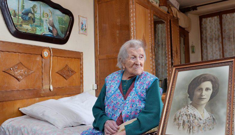 A italiana Emma Morano, aos 116, é a mulher mais velha do mundo