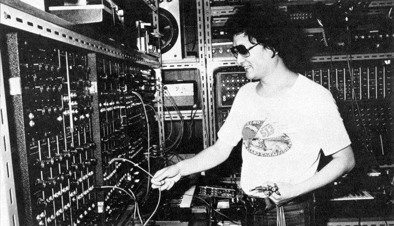O compositor japonês Isao Tomita