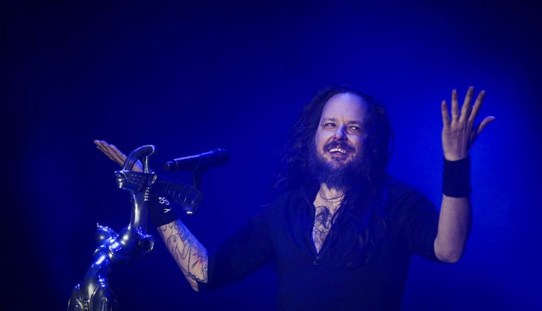 Jonathan Davis, vocalista dos Korn, reage perante problemas de som no Rock in Rio Lisboa