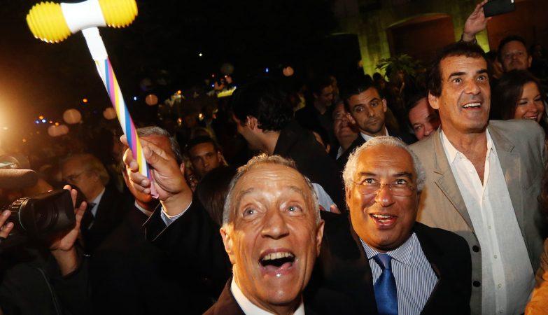 O presidente da República, Marcelo Rebelo de Sousa, o primeiro-ministro, António Costa, e o presidente da câmara do Porto, Rui Moreira, durante as festas de S.João no Porto.