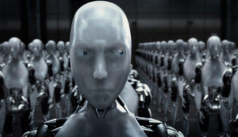 """""""I, Robot"""" (2004), filme de ficção científica baseado nas famosas três Leis da Robótica criadas por Isaac Asimov"""