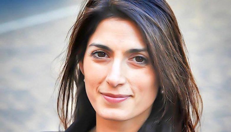 Virginia Raggi, a nova presidente da Câmara de Roma