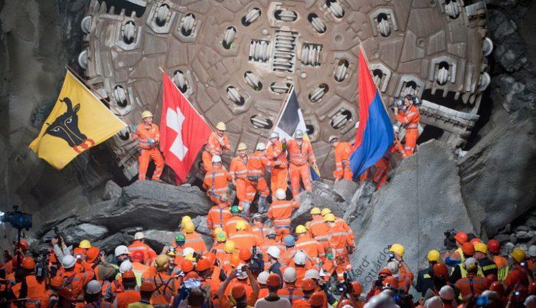 O túnel ferroviário de Gotthard, na Suíça, é agora o maior do mundo