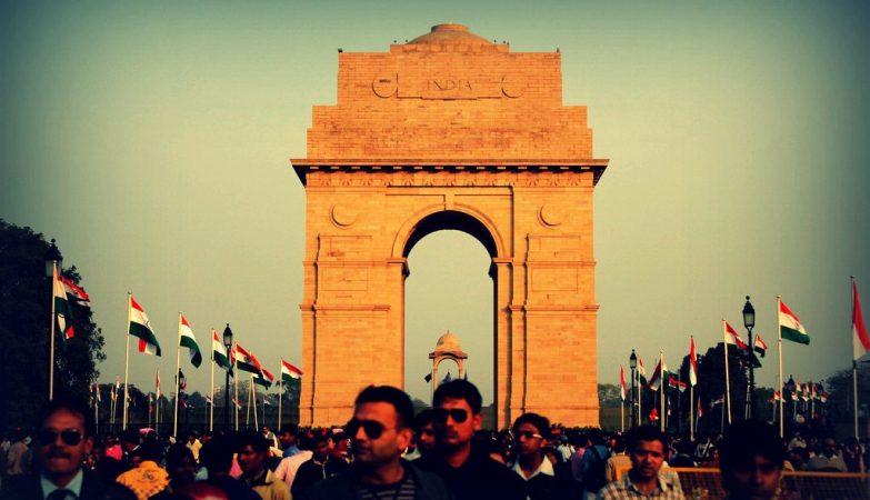 Porta da Índia,  monumento nacional situado em Rajpath, o coração da cidade indiana de Nova Deli.