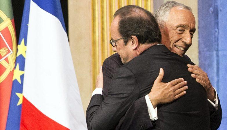 Francois Hollande e Marcelo Rebelo de Sousa nas comemorações do 10 de Junho em Paris