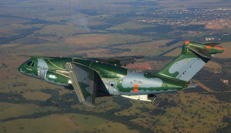 Vídeo: Cargueiro militar KC-390 – Sucesso nos testes iniciais