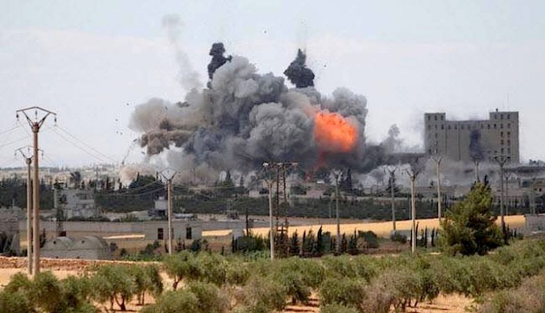Ataque aéreo a Manbij provocou 140 mortos civis
