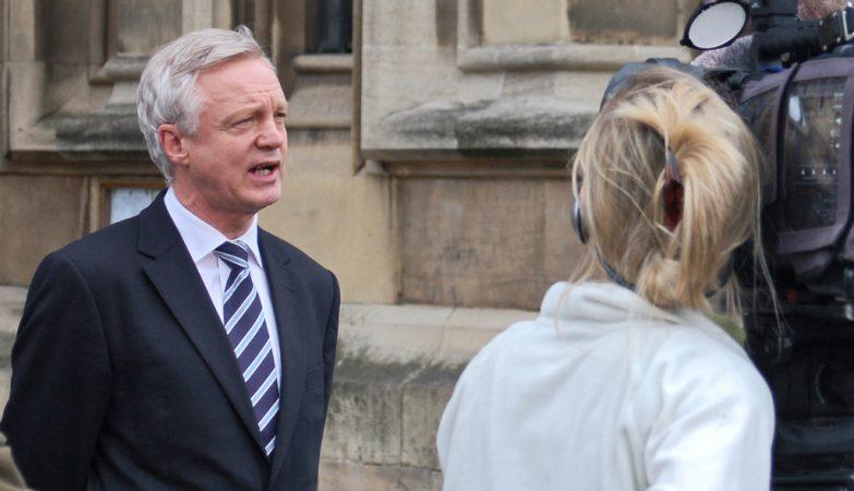 O ministro britânico encarregado da saída da União Europeia