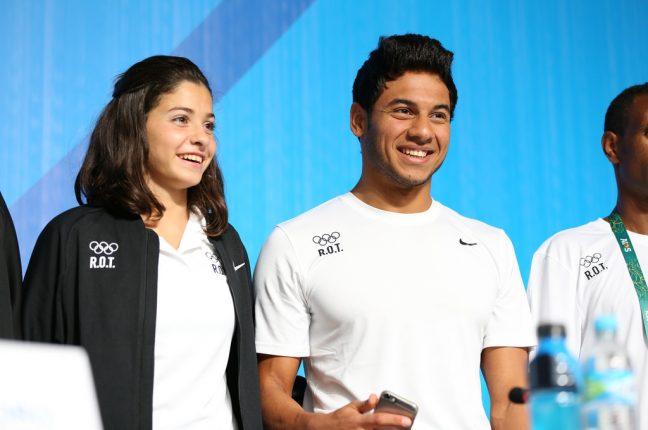 Yusra Mardini e Rami Anis, dois dos atletas refugiados que competem nos Jogos Olímpicos 2016 sob a bandeira do