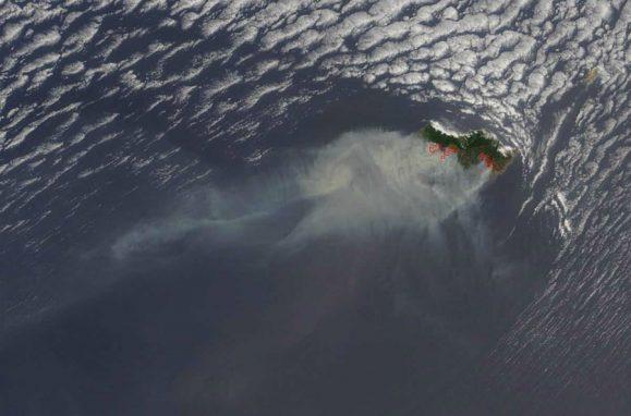 Imagens da NASA mostram o fumo dos incêndios na Madeira