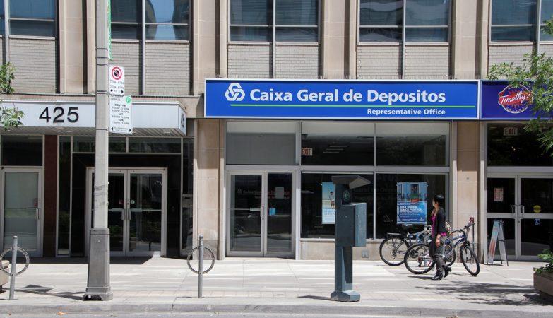 Um balcão da Caixa Geral de Depósitos em Toronto, no Canadá