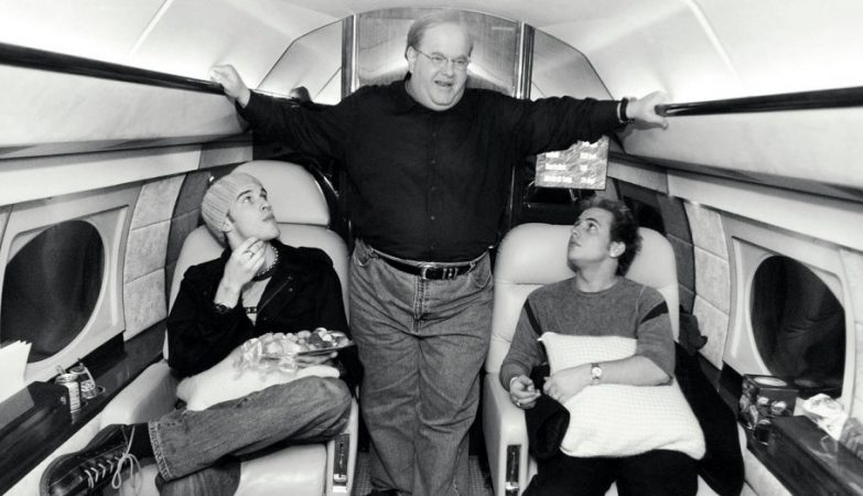 "Pearlman in his Gulfstream no seu jacto privado Gulfstream com a ""boys band"" Natural"