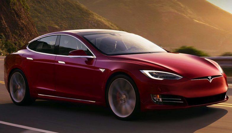 Tesla Model S P100D  - o terceiro carro de produção mais rápido do mundo