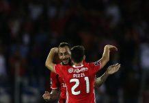 Mitroglou e Pizzi marcaram os dois golos do Benfica em Chaves
