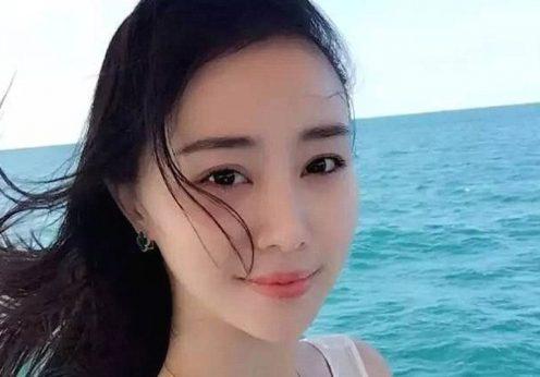 Huang Leipin é professora de artes na Escola de Dança da Universidade Sichuan.