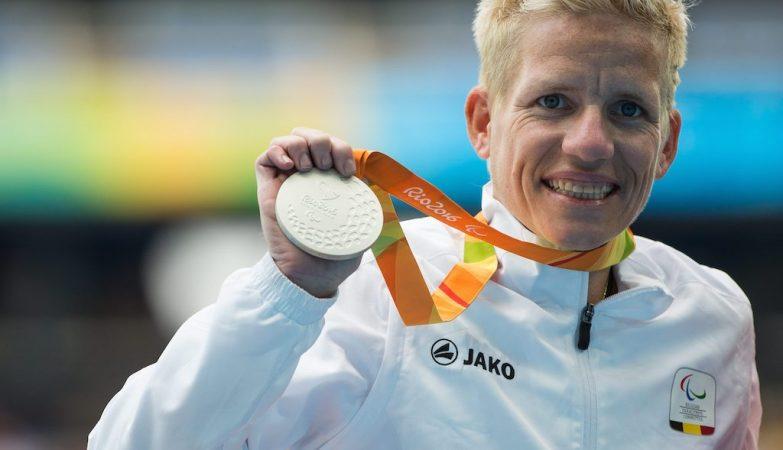 Marieke Vervoort, atleta paralímpica belga, vence medalha de prata na corrida de 400m da categoria T52 do Rio 2016