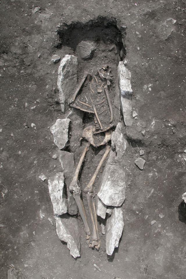 Esqueleto no Santuário de Zeus no Monte Lykaion, na Grécia