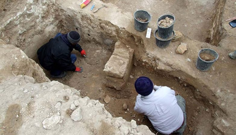 Arqueólogos descobriram santuário que confirma o relato da Bíblia sobre o Rei Ezequias da Judeia.