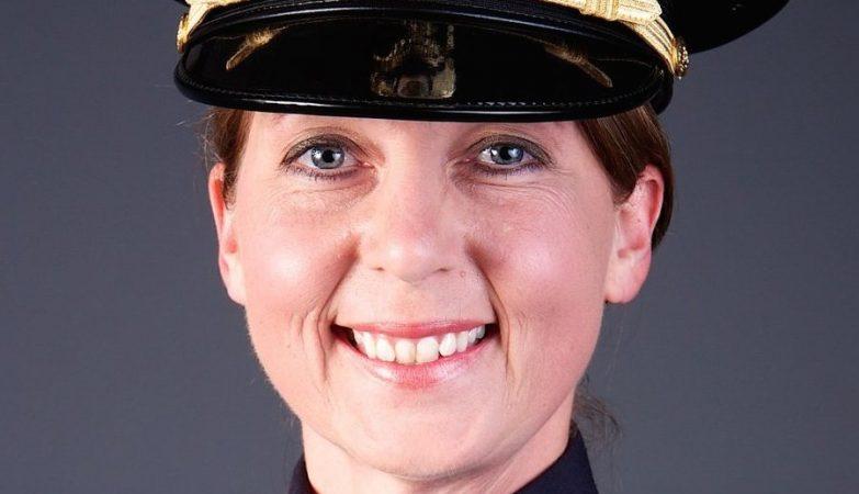 Betty Jo Shelby, a agente da polícia de Tulsa que matou um afro-americano desarmado