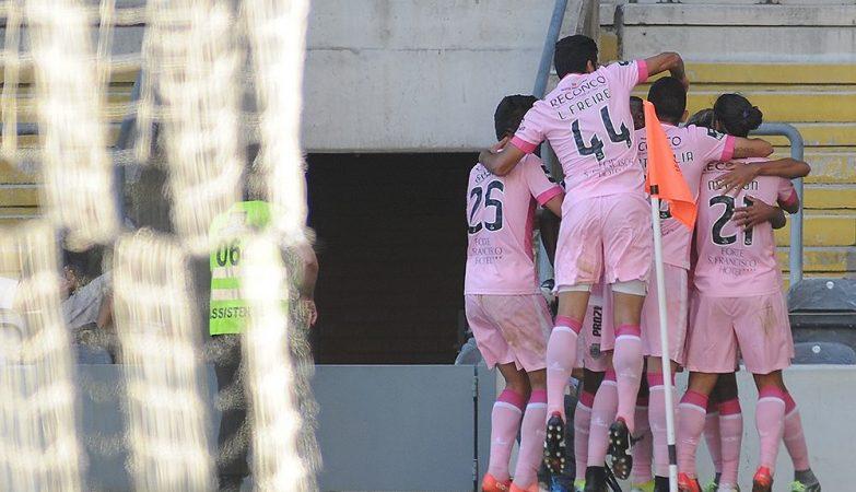 Chaves-Benfica: Liga impede bilhetes a 80 euros