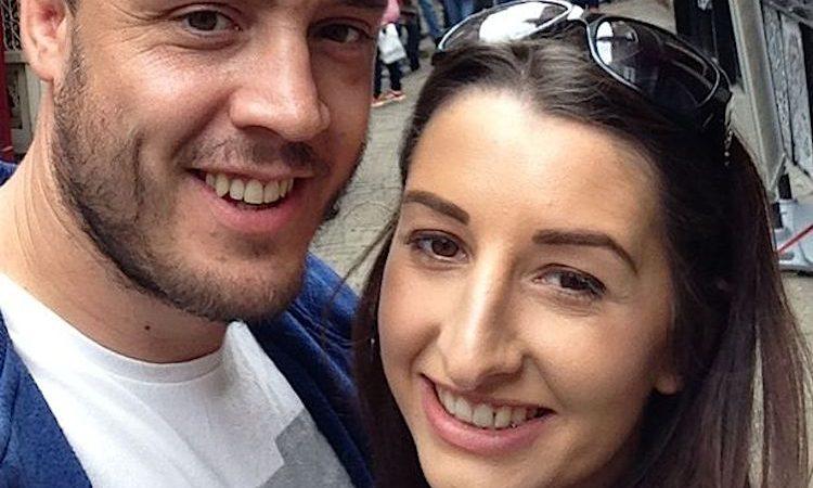 Simon O'Kane e a mulher, Leandra