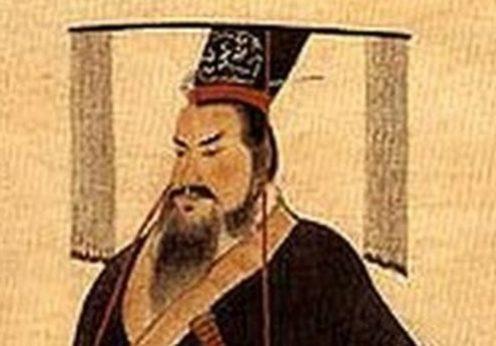 Qin Shi Huang viveu entre 259-210 a.C. e se tornou o Primeiro Imperador da China
