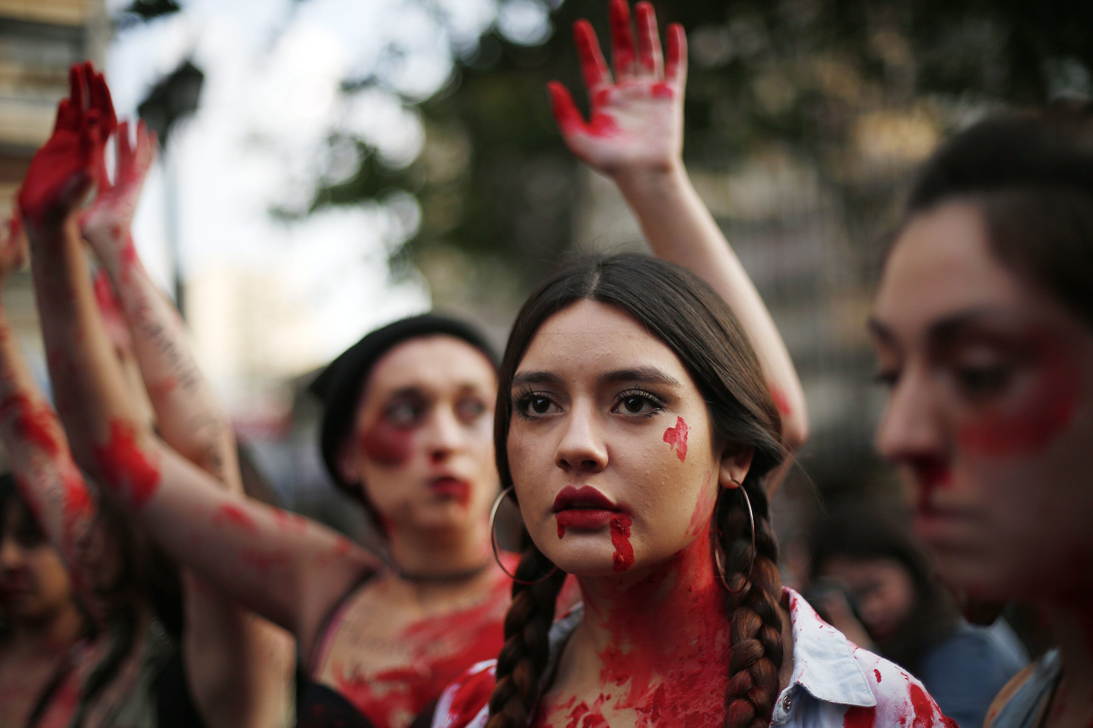 Milhares de mulheres em protesto na América Latina contra