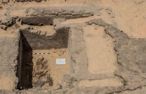 Um dos túmulos descobertos em Abidos