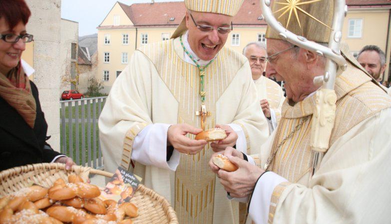 O alemão Joachim Meisner, um dos cardeais que assinaram a carta