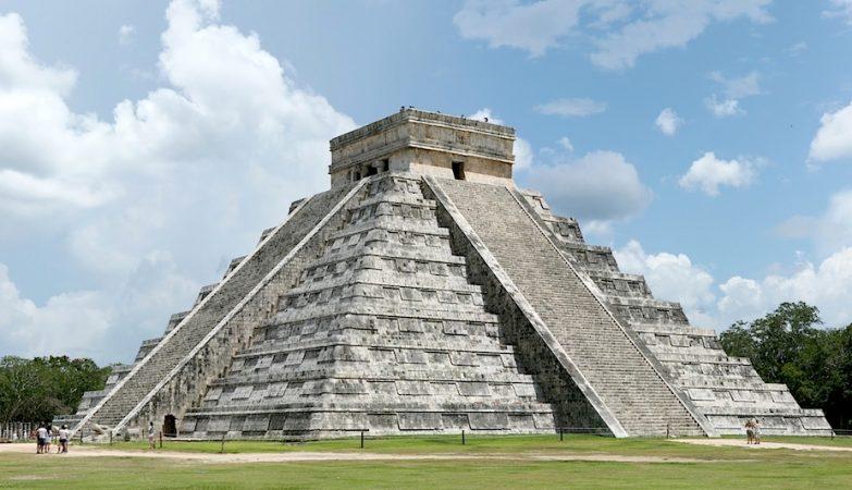 Pirâmide de Kukulcán, na cidade maia de Chichen Itza, no México