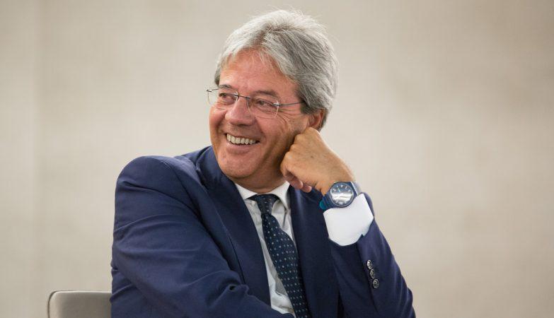 Paolo Gentiloni, o novo Primeiro-Ministro de Itália (ex-Ministro dos Negócios Estrangeiros)