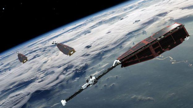 Os satélites Swarm foram lançados em 2013 para estudar o campo magnético da Terra