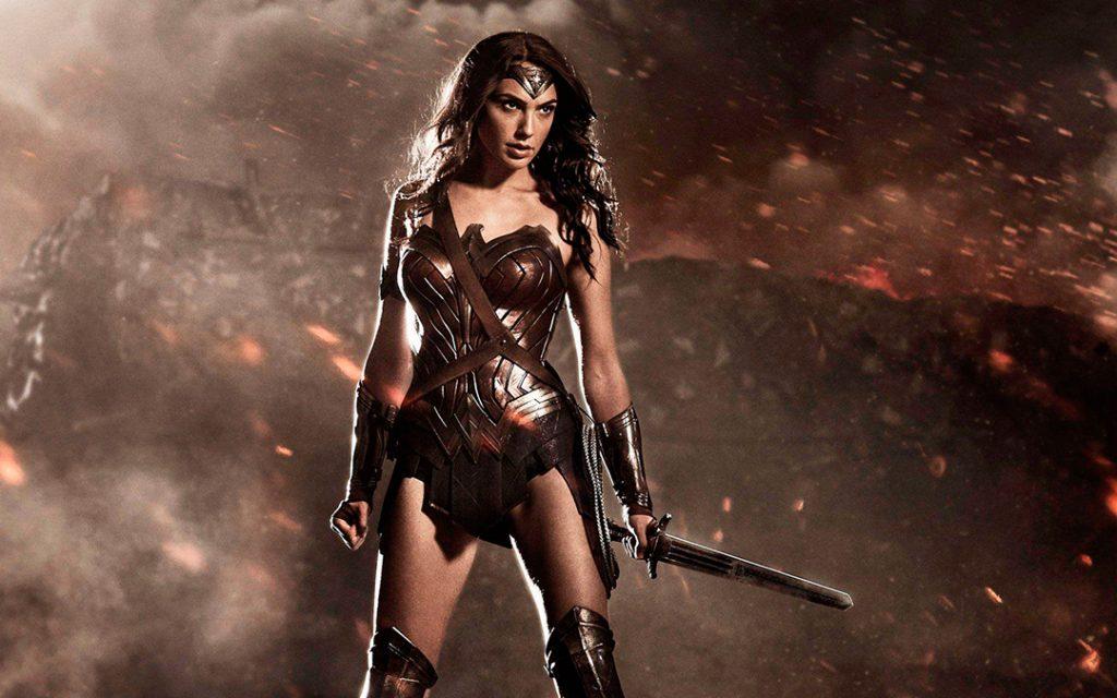 Wonder Woman é interpretada pela atriz israelita Gal Gadot