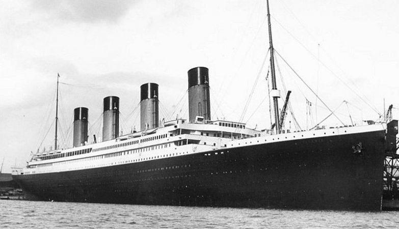 O Titanic no porto de Southampton, em Inglaterra