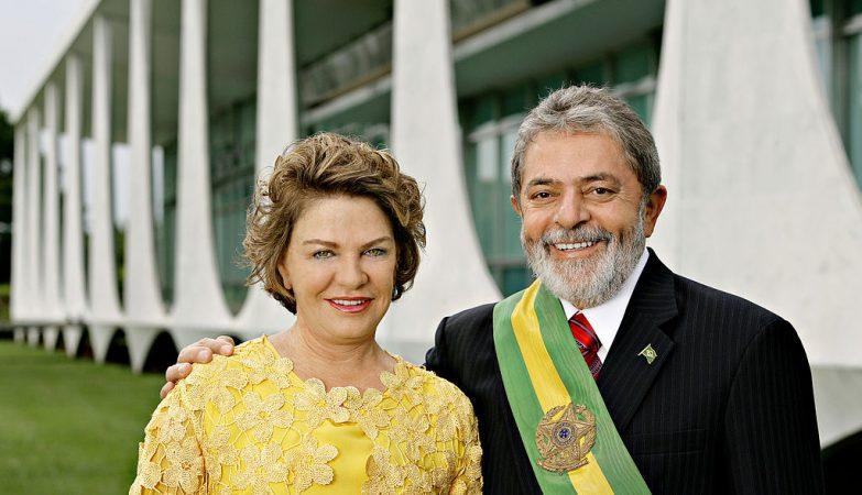 O ex-Presidente do Brasil Lula da Silva com a mulher Marisa Letícia