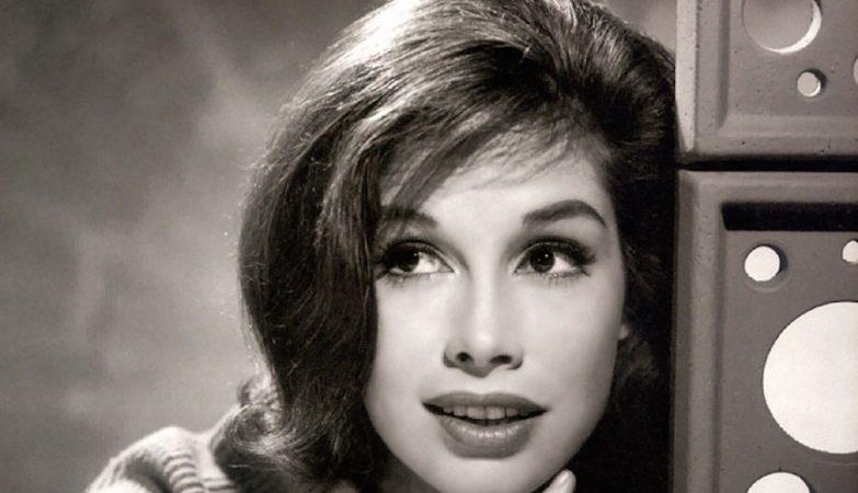 A atriz Mary Tyler Moore