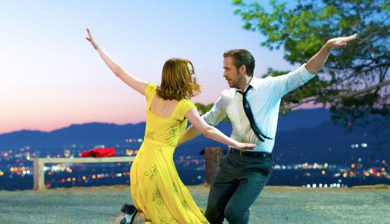 """Emma Stone e Ryan Gosling no filme """"La La Land"""", de Damien Chazelle"""