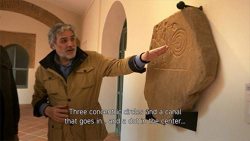 """Georgeos Díaz-Montexano no documentário """"Atlantis Rising""""."""