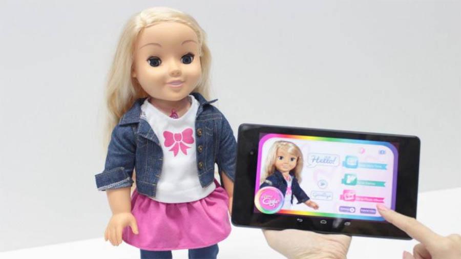 Boneca espia Cayla