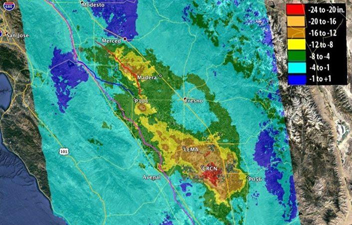 Mapa de subsidência total da vale Joaquin Valley, na Califórnia, EUA