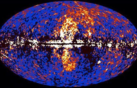 As bolhas de Fermi (no centro da imagem) formaram-se a partir do gás do buraco negro