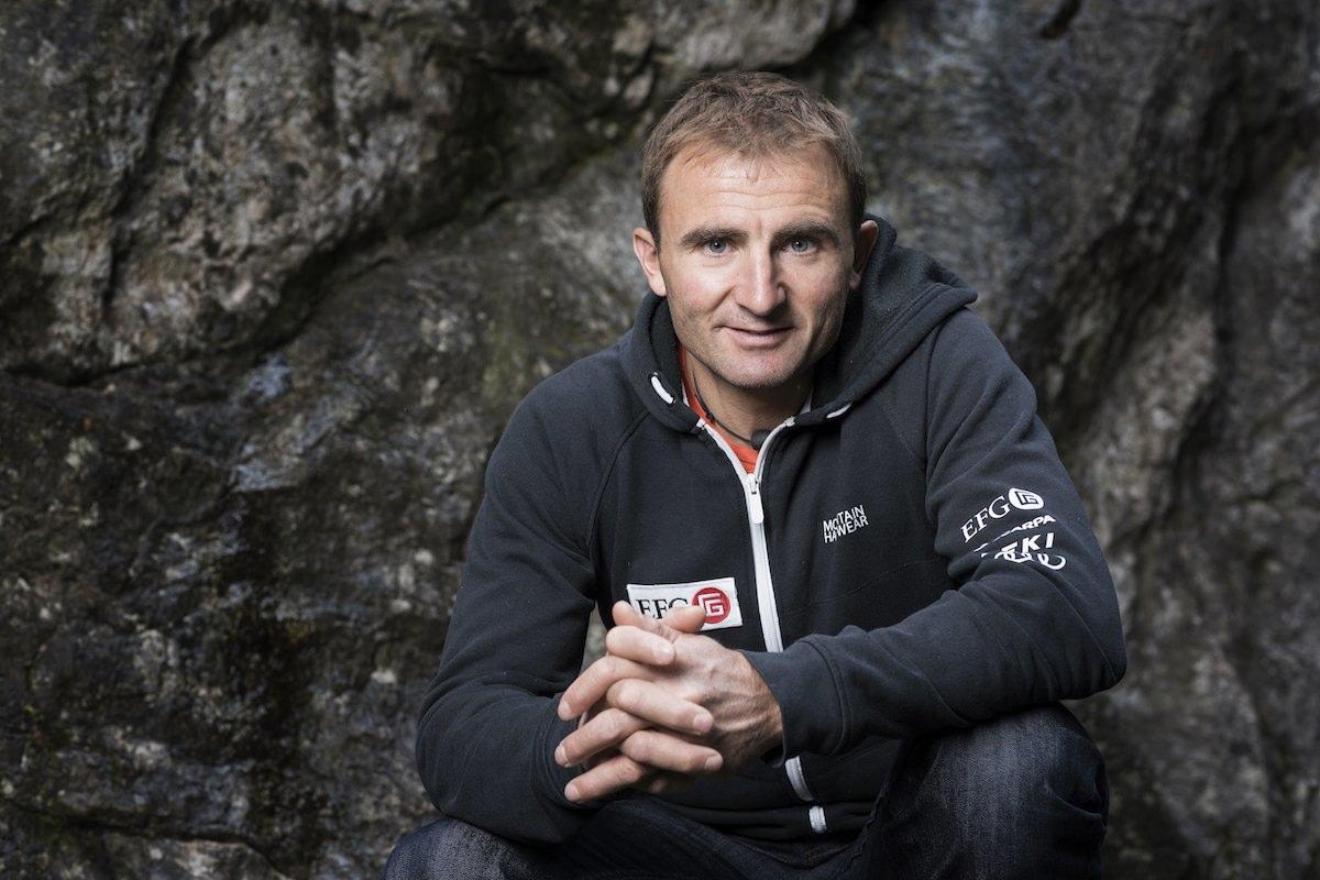 O alpinista suíço Ueli Steck