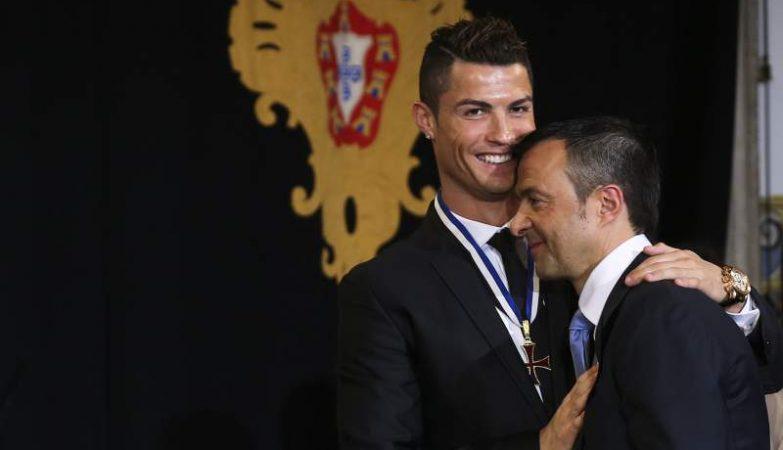 O empresário de futebol Jorge Mendes com Cristiano Ronaldo