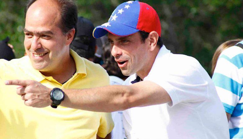 O presidente da Assembleia Nacional da Venezuela, Julio Borges, e o líder da oposição, Henrique_Capriles