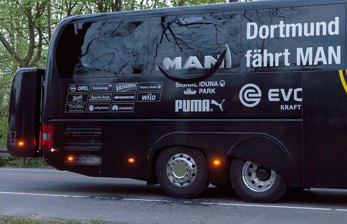Explosão atinge autocarro do Borussia Dortmund