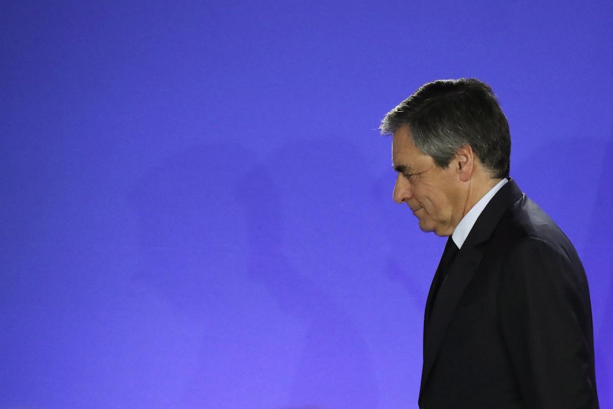 Francois Fillon. 'Les Republicains' pela primeira vez de fora da segunda volta