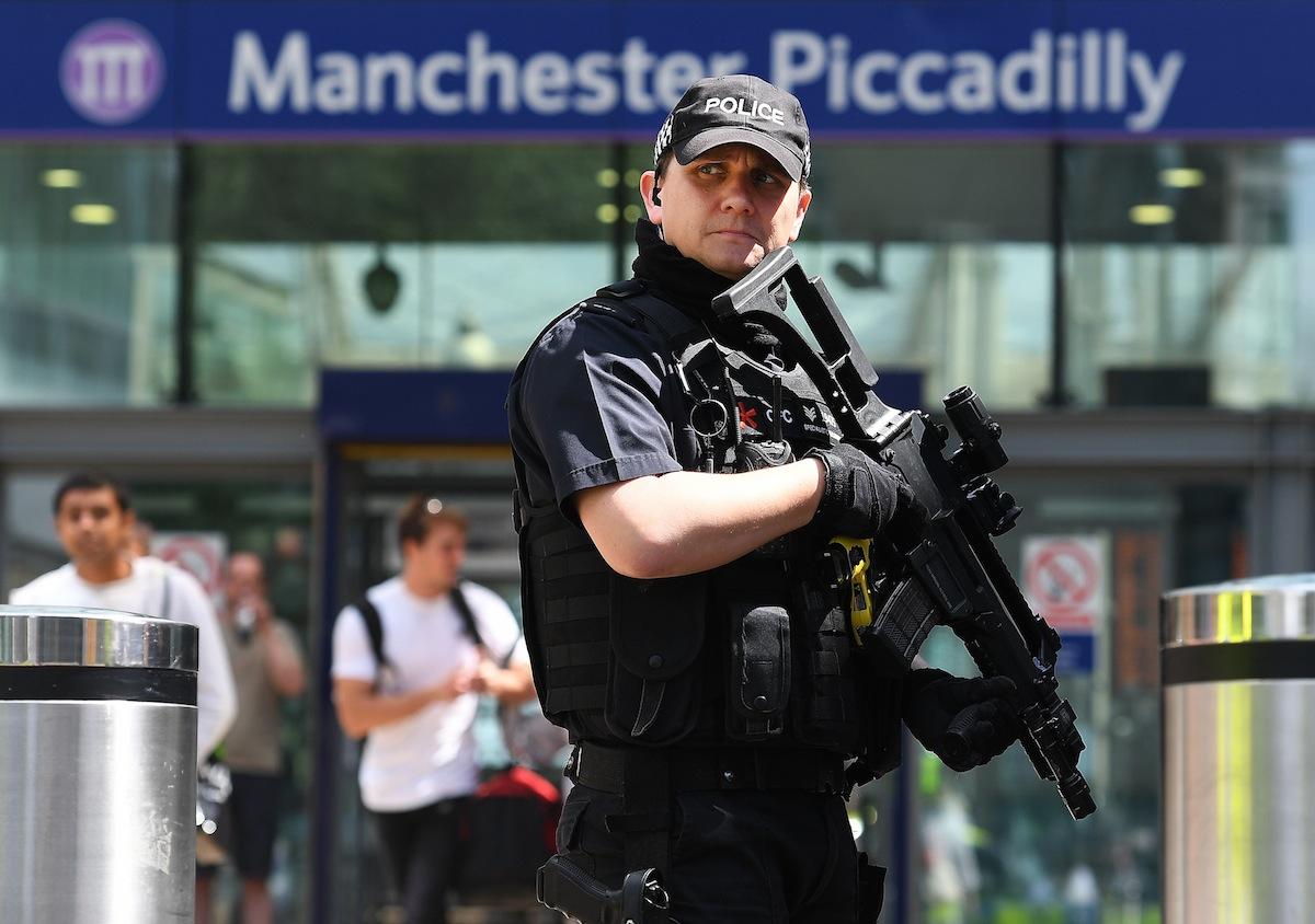 A polícia britânica está em alerta máximo