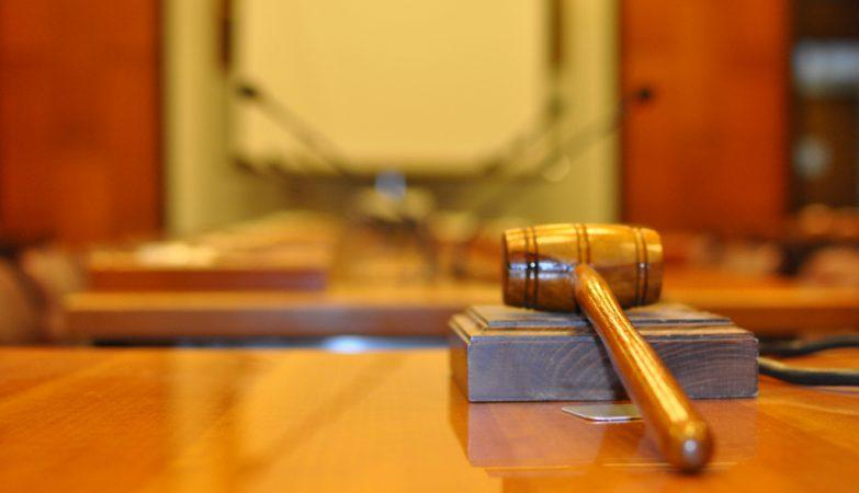 Procuradores avançam para tribunal contra nomeações de chefias