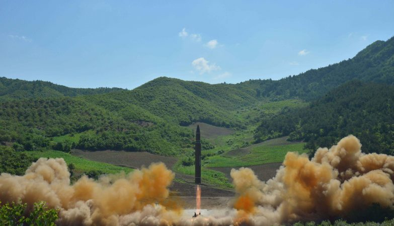 Impasse com os EUA continua. Coreia do Norte ameaça acelerar programa de armas nucleares